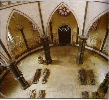 Temple Church; chapitre en rond de la province d'Angleterre; Londres; photo prise sur http://www.johnmi.f2s.com/